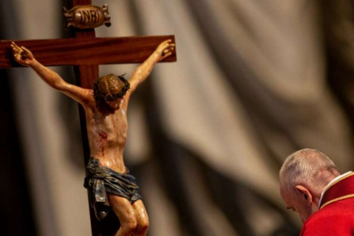 Pope Francis' message to those suffering 'at the foot of the cross'
