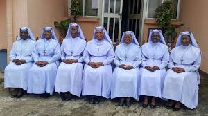 LES REVERENDES SŒURS DU NIGERIA FELICITEES POUR LA LUTTE CONTRE LA TRAITE DES ETRES HUMAINS xxx REVEREND SISTERS IN NIGERIA COMMENDED FOR THE FIGHT AGAINST HUMAN TRAFFICKING